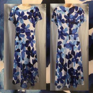 Ladies size 16 floral dress. Never worn